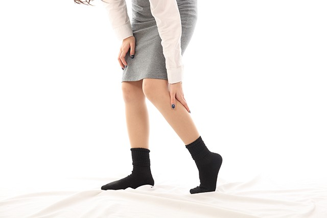 膝が痛む原因とは?